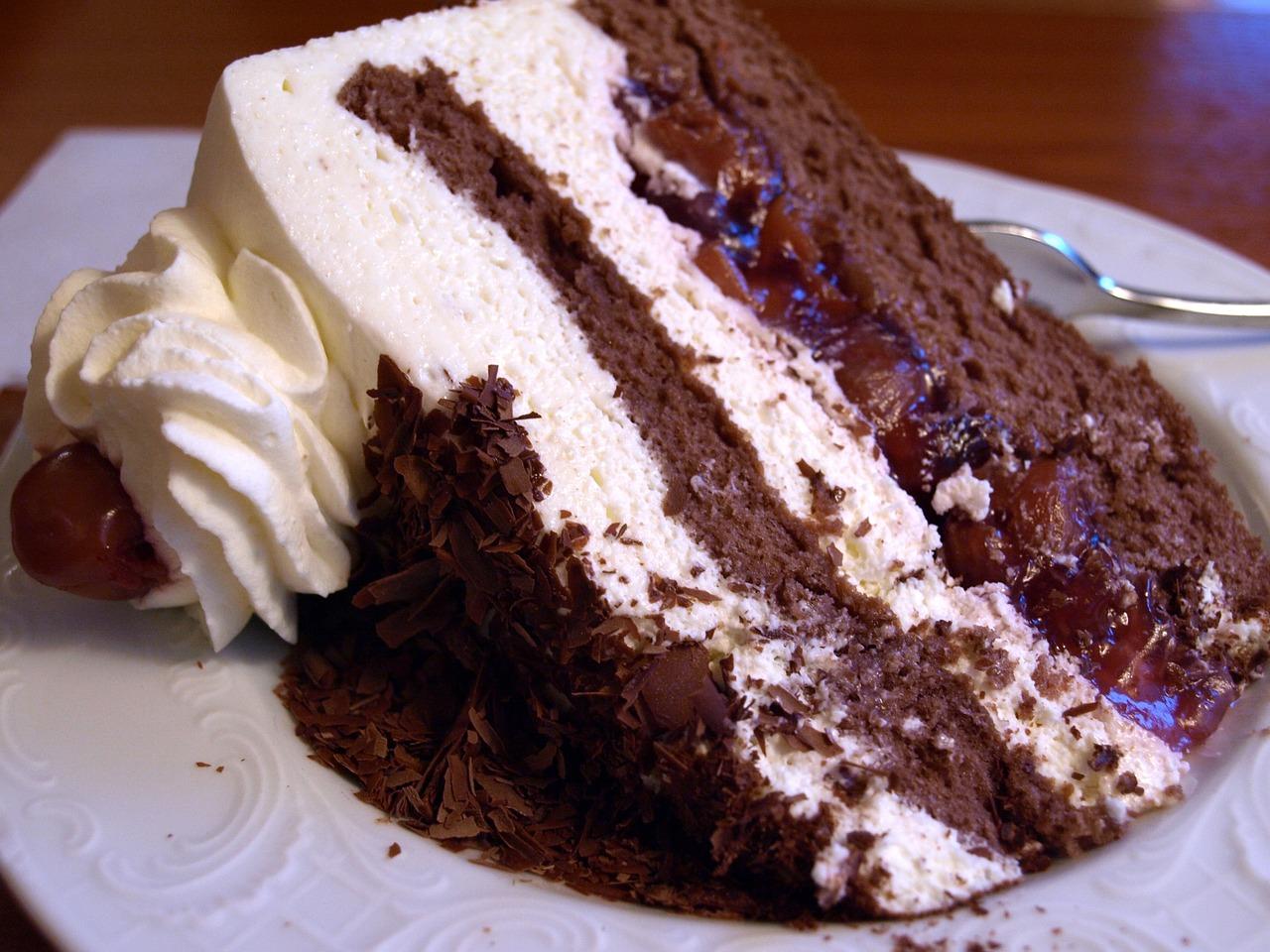 black-forest-cake-1382649_1280