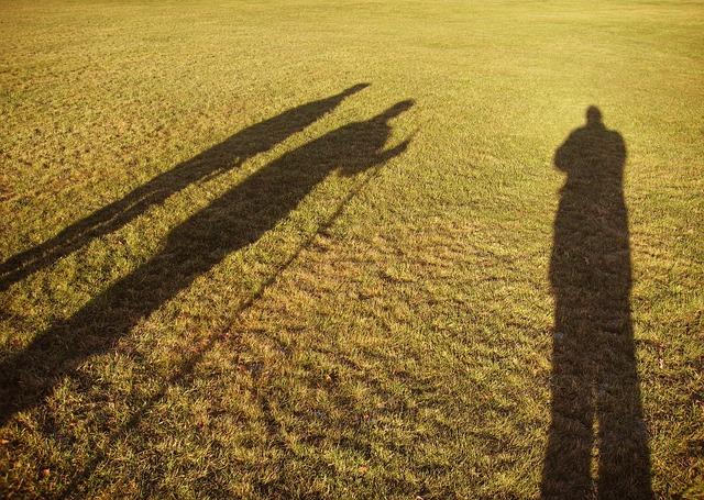 shadows-640991_640